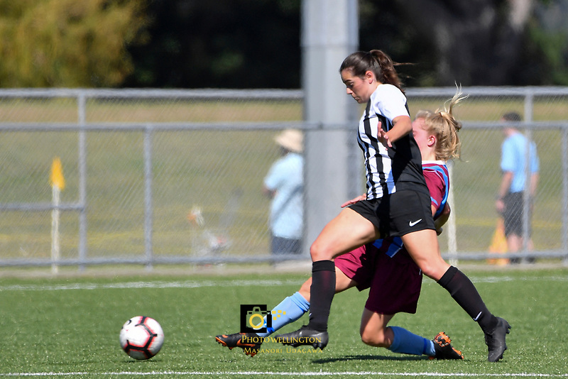 National Age Group Tournament - U16 Girls South v Northern at Petone Memorial Park, Lower Hutt, New Zealand on Wednesday 12 December 2018. <br />