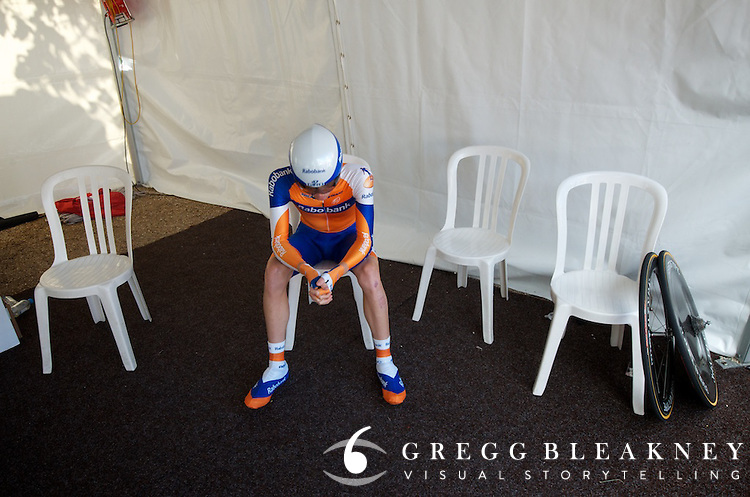 Rabobank's Steven Kruijswijk (finished 3rd overall) prepares before the final TT.