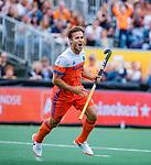 Den Bosch  -  Jeroen Hertzberger (Ned) brengt de stand op 4-2   tijdens   de Pro League hockeywedstrijd heren, Nederland-Belgie (4-3).     COPYRIGHT KOEN SUYK