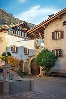 Italy, Alto Adige-Trentino (South Tyrol), Montagna: village centre   Italien, Suedtirol (Alto Adige-Trentino), Montan: Dorfzentrum im Suedtiroler Unterland