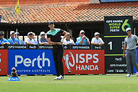 Danny Willett (ENG) in action on the 1st during Round 1 of the ISPS Handa World Super 6 Perth at Lake Karrinyup Country Club on the Thursday 8th February 2018.<br /> Picture:  Thos Caffrey / www.golffile.ie<br /> <br /> All photo usage must carry mandatory copyright credit (&copy; Golffile | Thos Caffrey)