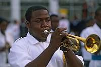 Iles Bahamas / New Providence et Paradise Island / Nassau: Musicien lors de la Fanfare de la Royal Bahamas Police Force Band lors de l'ouverture de la session de la cour suprème à Rawson Square