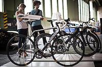 Berlin, Fahrräder beim DMY International Design Festival, am Freitag (07.06.13) in ehemaligen Flughafen Tegel. Festival findet von Mittwoch (05.06.13) bis Sonntag (09.06.13) statt. Foto: Maja Hitij/CommonLens