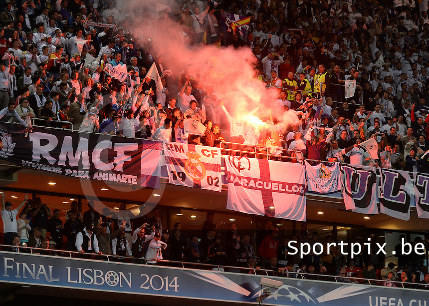 20140524 - LISBON , PORTUGAL : Real Madrid Fans pictured during soccer match between Real Madrid CF and Club Atletico de Madrid in the UEFA Champions League Final on Saturday 24 May 2014 in Estadio Da Luz in Lisbon .  PHOTO DAVID CATRY