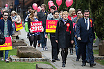 © Joel Goodman - 07973 332324 . 17/04/2015 . Chester , UK . Eddie Izzard and Chris Matheson campaigning in the City of Chester constituency for the Labour Party . Photo credit : Joel Goodman