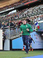 15th March 2014; Brian O'Driscoll, Ireland, runs onto the pitch. RBS Six Nations, France v Ireland, Stade de France, St Denis, Paris. Picture credit: Tommy Grealy/actionshots.ie.