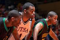 SAN ANTONIO, TX - FEBRUARY 4, 2006: The Southeastern Louisiana University Lions vs. The University of Texas at San Antonio Roadrunners Men's Basketball at the UTSA Convocation Center. (Photo by Jeff Huehn)