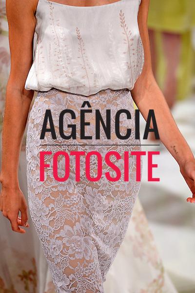 Paris, Fran&ccedil;a &sbquo;09/2014 - Desfile de Valentin Yudashkin durante a Semana de moda de Paris  -  Verao 2015. <br /> <br /> Foto: FOTOSITE
