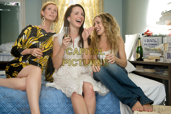 Sex and the City (2008) <br /> Sarah Jessica Parker, Cynthia Nixon &amp; Kristin Davis<br /> *Filmstill - Editorial Use Only*<br /> CAP/MFS<br /> Image supplied by Capital Pictures
