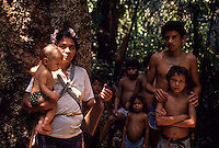 Rubber gatherer´ s family, Amazon rainforest, Acre State, Jurua Extractive Reserve, Brazil.