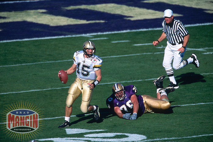 PASADENA, CA - Quarterback Drew Brees of Purdue in action against Washington in the Rose Bowl in Pasadena, CA on January 1, 2001. Photo by Brad Mangin