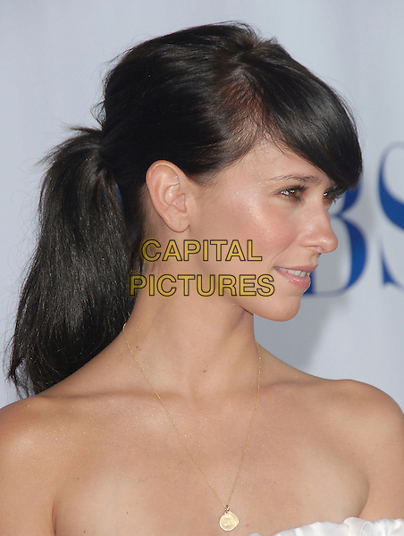 JENNIFER LOVE HEWITT.Attends The 2006 CBS Summer Press Tour Star Party held at the Rose Bowl in Pasadena, California, USA,.July 15th 2006..portrait headshot fringe profile ponytail.Ref: DVS.www.capitalpictures.com.sales@capitalpictures.com.©Debbie VanStory/Capital Pictures