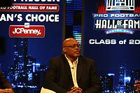 Neuaufnahme Floyd Little<br /> NFL Hall of Fame PK *** Local Caption *** Foto ist honorarpflichtig! zzgl. gesetzl. MwSt. Auf Anfrage in hoeherer Qualitaet/Aufloesung. Belegexemplar an: Marc Schueler, Alte Weinstrasse 1, 61352 Bad Homburg, Tel. +49 (0) 151 11 65 49 88, www.gameday-mediaservices.de. Email: marc.schueler@gameday-mediaservices.de, Bankverbindung: Volksbank Bergstrasse, Kto.: 52137306, BLZ: 50890000
