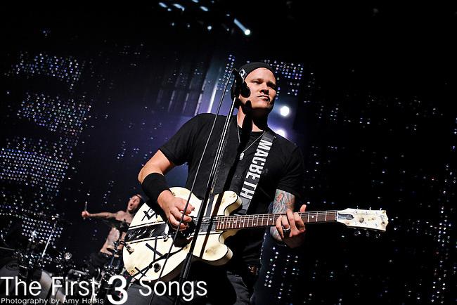 Tom DeLonge of Blink-182 performs at Riverbend Music Center in Cincinnati, Ohio on August 21, 2011.