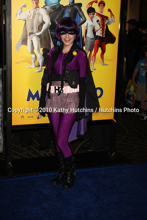 """LOS ANGELES - OCT 30:  Erin Sanders arrives at the """"Megamind"""" LA Premiere & Halloween Extravaganza at Mann's Chinese Theater on October 30, 2010 in Los Angeles, CA"""
