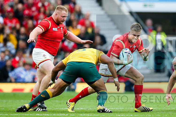 Wales' Gareth Anscombe - Rugby World Cup 2015 - Pool A - Australia v Wales - Twickenham Stadium - London- England - 10th October 2015 - Picture Charlie Forgham Bailey/Sportimage