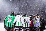 Uppsala 2014-01-12 Bandy  IK Sirius - GAIS Bandy :  <br /> Sn&ouml; faller ymnigt samtidigt som GAIS har en timeout i den andra halvleken av matchen <br /> (Foto: Kenta J&ouml;nsson) Nyckelord:  timemout sn&ouml; sn&ouml;fall v&auml;der sn&ouml;yra