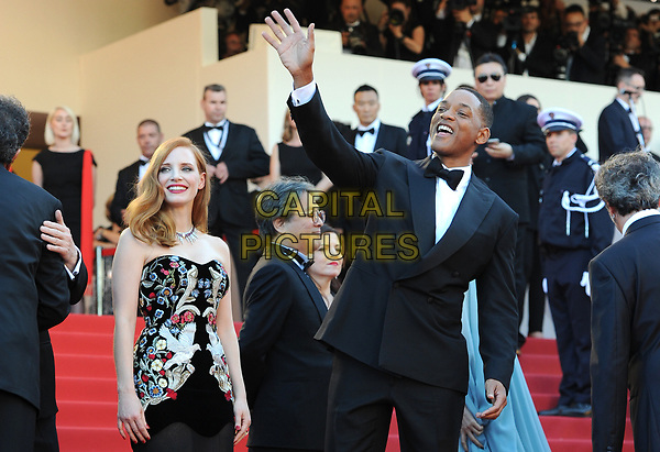 Jessica Chastain and Will Smith at the Opening Movie &acute;Les Fantomes d Ismael`  screening during The 70th Annual Cannes Film Festival on May 17, 2017 in Cannes, France.<br /> CAP/LAF<br /> &copy;Lafitte/Capital Pictures