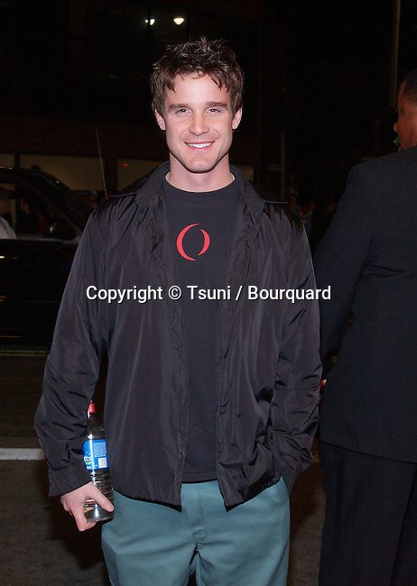 Eddie McClintock arriving at the premiere of Hart's War at the Mann National Theatre in Westwood, Los Angeles. February 12, 2002. ©          -            McClintockEddie01.jpg