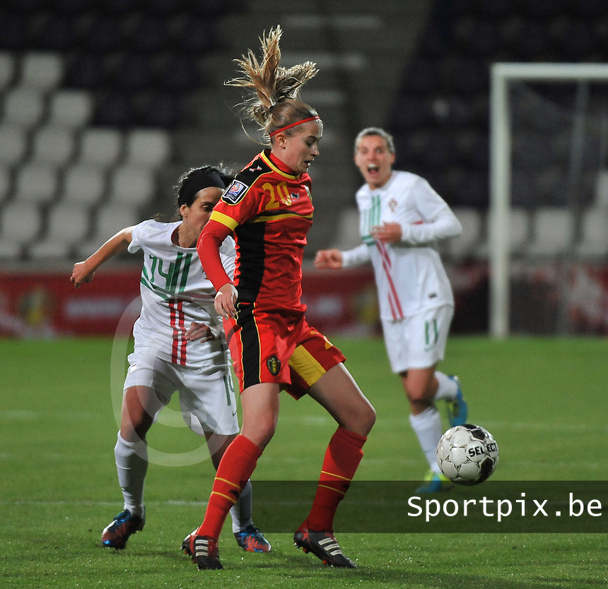 20131031 - ANTWERPEN , BELGIUM : Belgian Julie Biesmans (20) pictured during the female soccer match between Belgium and Portugal , on the fourth matchday in group 5 of the UEFA qualifying round to the FIFA Women World Cup in Canada 2015 at Het Kiel stadium , Antwerp . Thursday 31st October 2013. PHOTO DAVID CATRY