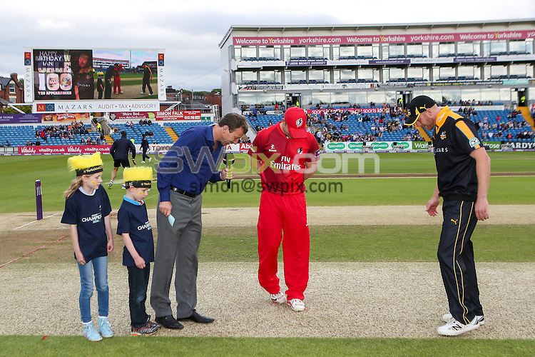 Picture by Alex Whitehead/SWpix.com - 05/06/2015 - Cricket - NatWest T20 Blast - Yorkshire Vikings v Lancashire Lightning - Headingley Cricket Ground, Leeds, England - Yorkshire's Andrew Gale and Lancashire's Steven Croft complete the toss.