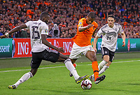 Antonio Rüdiger (Deutschland Germany) und Nico Schulz (Deutschland Germany) trennen Denzel Dumfries (Niederlande) vom Ball - 24.03.2019: Niederlande vs. Deutschland, EM-Qualifikation, Amsterdam Arena, DISCLAIMER: DFB regulations prohibit any use of photographs as image sequences and/or quasi-video.