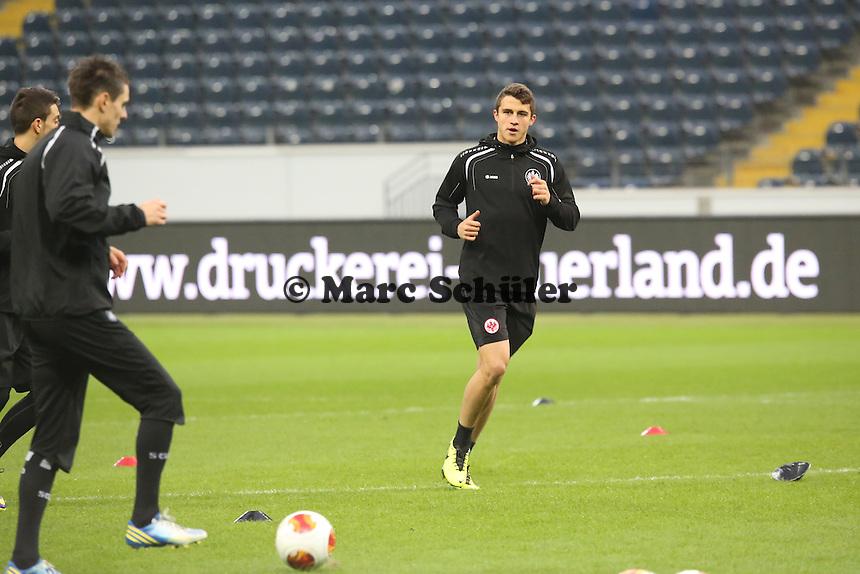 Luca Waldschmitt (Eintracht) - Eintracht Frankfurt Europa League Abschlusstraining