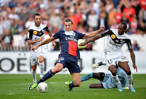 31.08.2013. Paris, France. French League football. Paris St Germain versus Guingamp Aug 31st.  BUT Zlatan Ibrahimovic (psg) - Jeremy Sorbon (psg)