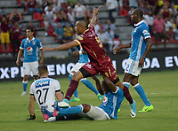 IBAGUE -COLOMBIA, 30-07-2017: Angelo Rodríguez (Der.) jugador del Tolima disputa el balón con  Jair Palacios  (Izq.) jugador de Millonarios.Acción de juego entre los equipos Deportes Tolima y Millonarios  durante partido por la fecha 5 de la Liga Águila II 2017 jugado en el estadio Manuel Murillo Toro de la ciudad de Ibagué . / Angelo Rodriguez (R) player of Tolima fights the ball agaisnt  Jair Palacios  (L) palyer of Millonarios. Action game between Deportes Tolima and Millonarios  during match for the date 5 of Aguila League II 2017 played at Manuel Murillo Toro stadium in Ibague. Photo: VizzorImage / Juan Carlos Escobar  / Cont