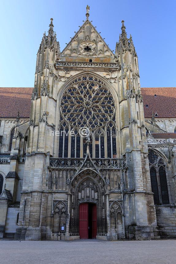 France, Yonne (89), Sens, cathédrale Saint-Etienne, le portail sud // France, Yonne, Sens, Saint Etienne Cathedral
