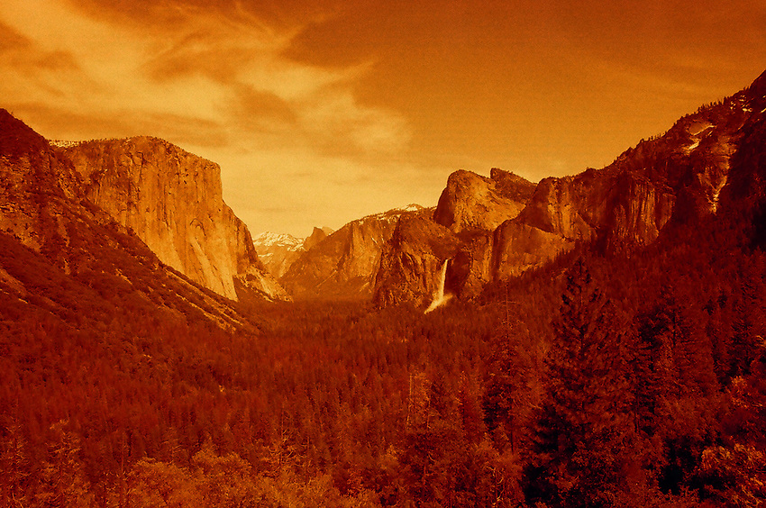 Tunnel View, Yosemite 2017, Redscale Film