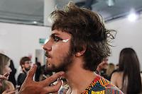 SÃO PAULO,SP, 23.10.2015 - FASHION-WEEK - Figurino da grife Amapô no sexto dia da São Paulo Fashion Week Inverno 2016, na região sul de São Paulo nesta sexta-feira, 23. (Foto: Marcos Moraes/Brazil Photo Press)
