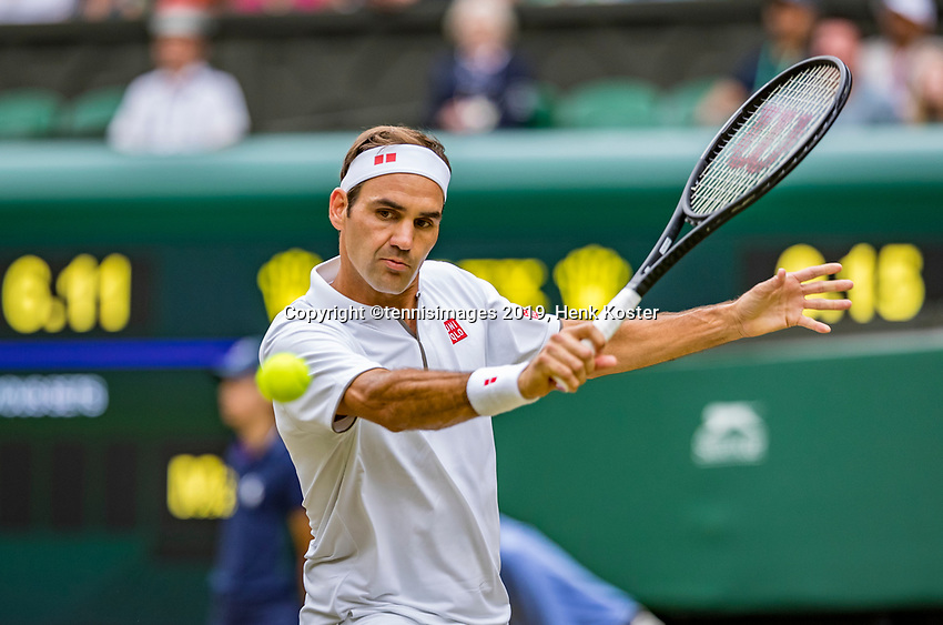 London, England, 8 July, 2019, Tennis,  Wimbledon, Men's singles: Roger Federer (SUI)<br /> Photo: Henk Koster/tennisimages.com