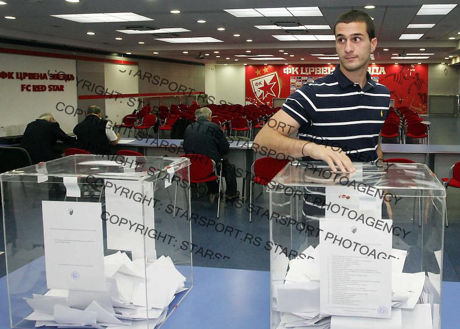 Fudbal.Izbori za skupstinu i Predsednika FK Crvena Zvezda.Election in Red Star.Aleksandar Kirovski.Belgrade, 26.05.2012..foto: Srdjan Stevanovic/Starsportphoto ©