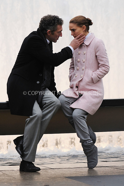 WWW.ACEPIXS.COM . . . . . ....December 7 2009, New York City....Actor Vincent Cassel on set with actress Natalie Portman who plays a highly successful ballerina whose position is threatened by a vivacious newcomer in the movie 'Black Swan' on December 7 2009 in New York City....Please byline: KRISTIN CALLAHAN - ACEPIXS.COM.. . . . . . ..Ace Pictures, Inc:  ..(212) 243-8787 or (646) 679 0430..e-mail: picturedesk@acepixs.com..web: http://www.acepixs.com