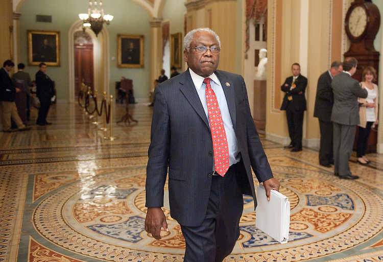UNITED STATES - JUNE 21: Rep. James Clyburn, D-S.C., walks through the Ohio Clock Corridor to the Biden-led budget negotiations on Tuesday, June 21, 2011. (Photo By Bill Clark/Roll Call)