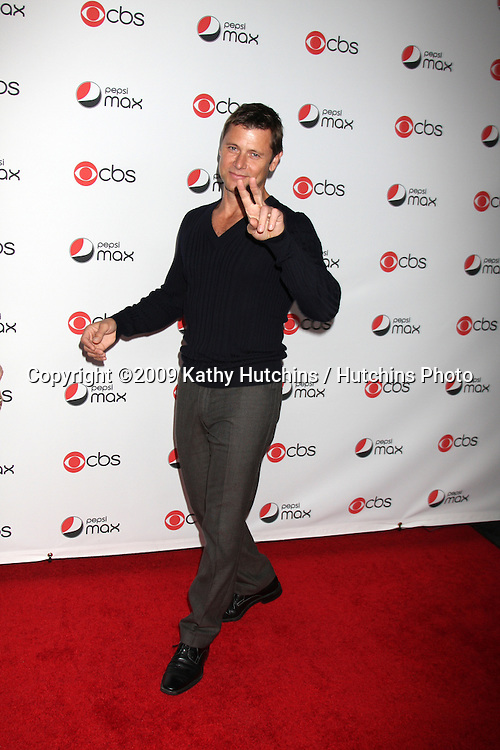 Grant Show.arriving at the CBS Fall Preveiw Party.My House  Club.Los Angeles, CA.September 16, 2009.©2009 Kathy Hutchins / Hutchins Photo....