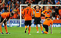 :: DEJECTED DUNDEE UTD PLAYERS AT THE END OF THE GAME ::