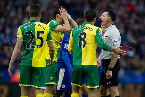 27.02.2016. King Power Stadium, Leicester, England. Barclays Premier League. Leicester City versus Norwich City. Timm Klose of Norwich City cannot believe a decision by Referee Neil Swarbrick.