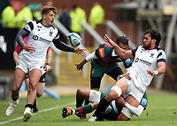 Steven Luatua of Bristol Bears offloads the ball to team-mate Tom Pincus. Gallagher Premiership match, between Leicester Tigers and Bristol Bears on April 27, 2019 at Welford Road in Leicester, England. Photo by: Patrick Khachfe / JMP