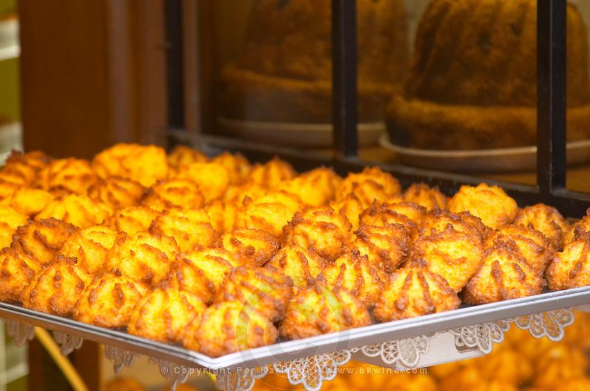 patisserie shop cocos bisquits riquewihr alsace france