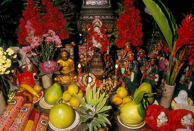 Altar in Kuan Yin Temple, Chinatown, Honolulu, Oahu Island, Hawaii, United States