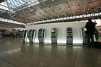 Roma, 23 Gennaio 2006. L'aeroporto di Roma Fiumicino durante lo sciopero dei lavoratori Alitalia.