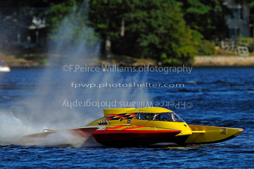 "Brandon Kennedy, GP-25 ""Shameless"" (Grand Prix Hydroplane(s)"