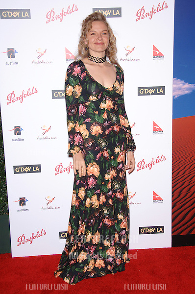 Actress JUSTINE CLARKE at the Penfolds Icon Gala Dinner, part of the G'Day LA Australia Week, at the Hollywood Palladium..January 14, 2006  Los Angeles, CA.© 2006 Paul Smith / Featureflash