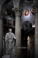 Satue Saint Paul.Pope Francis Celebration of the second vespers of Saint Paul basilica in Rome. January 25, 2016
