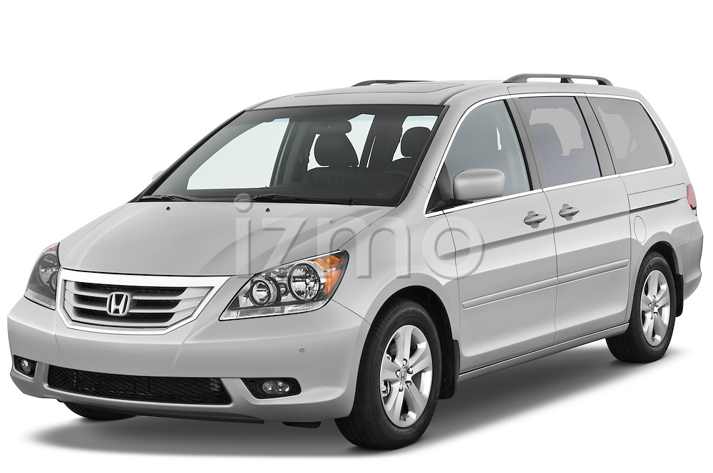 Front three quarter view of a 2009 Honda Odyssey Touring.