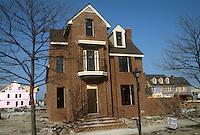 1984 March ..Redevelopment.East Ghent..GHENT SQUARE.CONSTRUCTION PROGRESS.SINGLE FAMILY HOUSE.PARCEL 21...NEG#.NRHA# 5848..