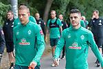 30.06.2020, Trainingsgelaende am wohninvest WESERSTADION,, Bremen, GER, 1.FBL, Werder Bremen Training, im Bild<br /> <br /> <br /> Spieler gegen zum Training, <br /> Ilia Gruev (Co-Trainer SV Werder Bremen)u<br /> Ludwig Augustinsson (Werder Bremen #05)<br /> Milot Rashica (Werder Bremen #07)<br /> <br /> <br /> Foto © nordphoto / Kokenge