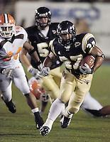 Florida International University Golden Panthers v. Bowling Green University Falcons at Miami, Florida on Saturday, September 16, 2006...Freshman fullback John Ellis (27)